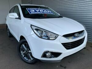 2015 Hyundai ix35 Series II SE White Manual SUV Pooraka Salisbury Area Preview