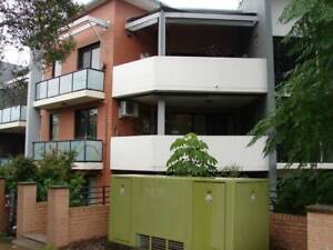 Sunny bedroom with balcony in up-marked Parramatta furnished unit $200