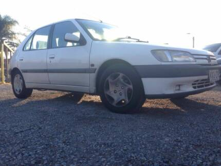 1997 Peugeot 306 hatch.turbo diesel. manual.210k kms. great car Ascot Park Marion Area Preview