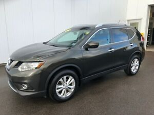 2015 Nissan Rogue SL Real Clean and well taken care of