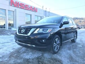2017 Nissan Pathfinder SL AWD NEW ARRIVAL!