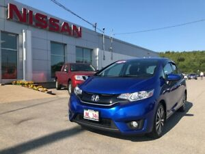 2016 Honda Fit EX MoonRoof, Heated Seats, Back Up Camera!