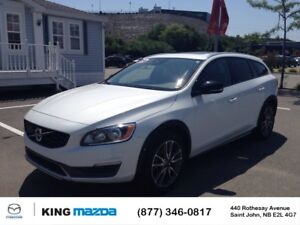 2016 Volvo V60 Cross Country T5 Premier TURBO..ALL WHEEL DRIVE..