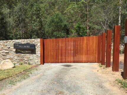 Fence Posts Hardwood Large Moorooka Brisbane South West Preview