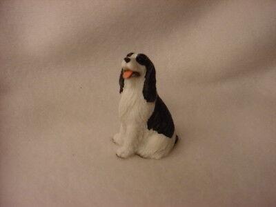 SPRINGER SPANIEL black white puppy TiNY FIGURINE Dog MINIATURE Mini Resin Statue