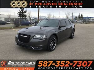 2017 Chrysler 300 S / Back up Camera / Navi / Sunroof