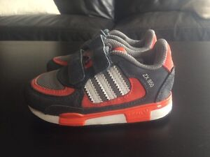 ADIDAS ZX850 kids' sports shoes US 6k Patterson Lakes Kingston Area Preview