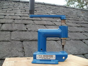 ROOFING SLATE HOLER/TOOL/DRILL/PUNCH