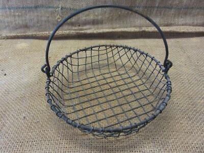 Vintage Metal Wire Basket w Handle > Antique Old Garden Kitchen Boxes 5873