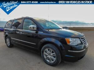 2008 Chrysler Town & Country Limited   Nav   Leather   Sunroof