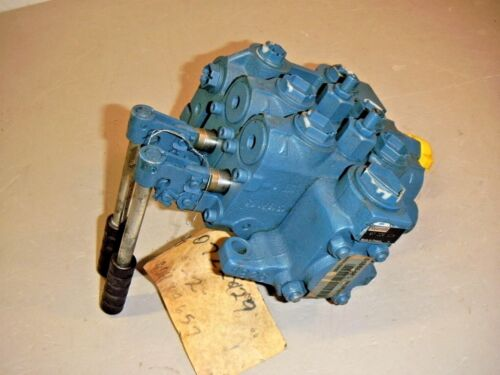Rexroth 07228129 Double Hydraulic Directional Control Valve