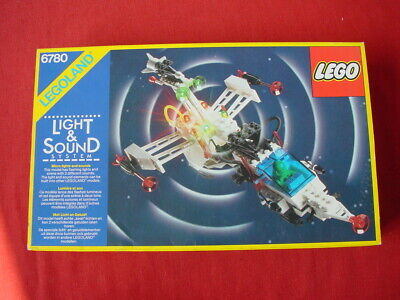 LEGO SPACE 6780 LIGHT & SOUND XT STARSHIP - 100% COMPLETE RARE VINTAGE SET 1986