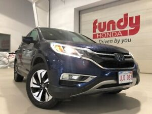 2015 Honda CR-V Touring Pkg! w/ fully loaded features ONE LOCAL