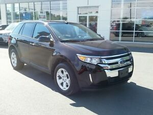 2014 Ford Edge SEL V6 AWD. Leather, Navigation, Dual Sunroof.