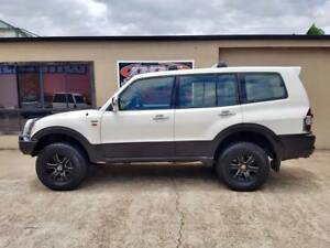 2002 MITSUBISHI PAJERO EXCEED 7 SEATER** VERY WELL LOOKED AFTER**