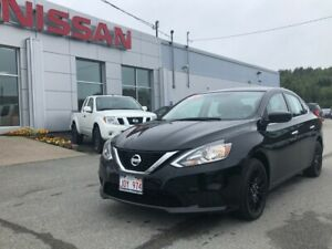 2017 Nissan Sentra SV Moonroof, Heated Seats, Back Up Camera