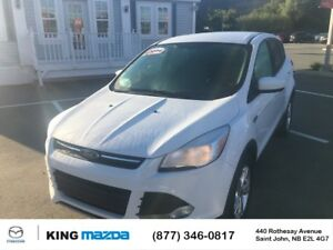 2014 Ford Escape SE LOW KMS..ALL WHEEL DRIVE..HEATED SEATS..BACK