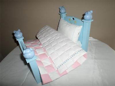 American Girls Angelina Ballerina Bed w/ bedding