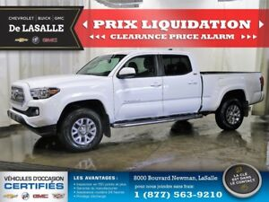 2016 Toyota Tacoma SR5 4WD --CLEARANCE-- Virtually New..!