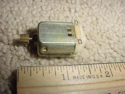 Small Dc Electric Motor 1.5-3 Vdc 0.66 A 6990 Rpm M68