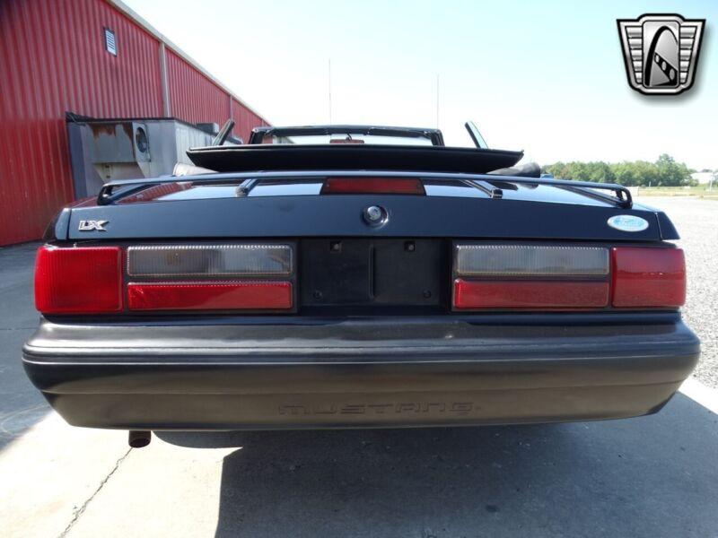 Image 7 Coche Americano de época Ford Mustang 1989