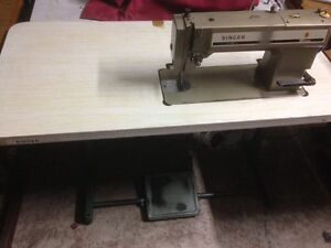 SINGER INDUSTRIAL SEWING MACHINE Yagoona Bankstown Area Preview
