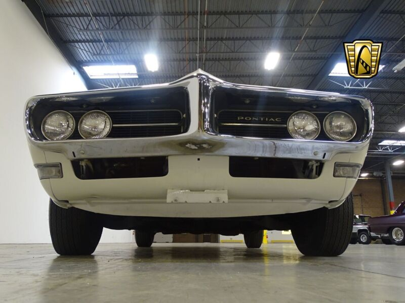 Image 11 Voiture American classic Pontiac Firebird 1968