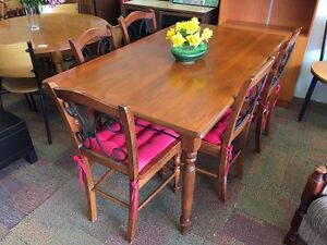 BEAUTIFUL DINING SET SALE Bentley Canning Area Preview