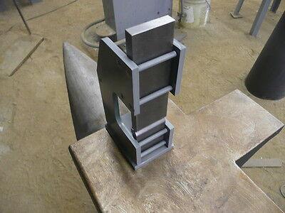 NEW ITEM  Blacksmith  E2  Guillotine tool -