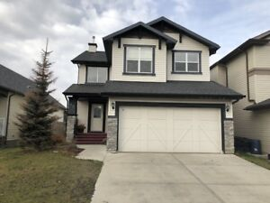 2 STOREY 3 BEDROOM  HOUSE  WITH GARAGE FOR RENT IN AIRDRIE