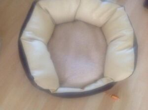 Leather bed for Cat/Small Dog