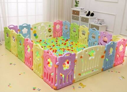 baby playpen with door and play panel for sale