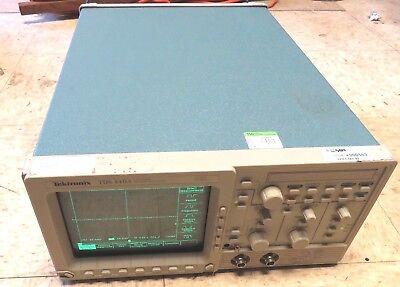 Tektronix Tds410a Portable 2-channel 200mhz 100mss Digitizing Oscilloscope
