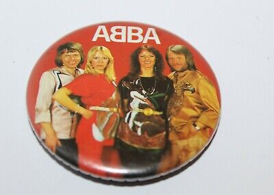 Abba Group Photo Badge Music Collectable (Lot 13)