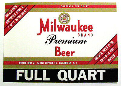 Waukee Brewing MILWAUKEE PREMIUM BEER label NJ FULL QUART