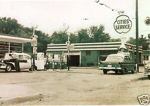 MID 50's CITIES SERVICE GAS STATION  PHOTO PUMPS CHEVY FORD 5x7