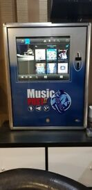 Wall mounted MP3 Jukebox with touchscreen