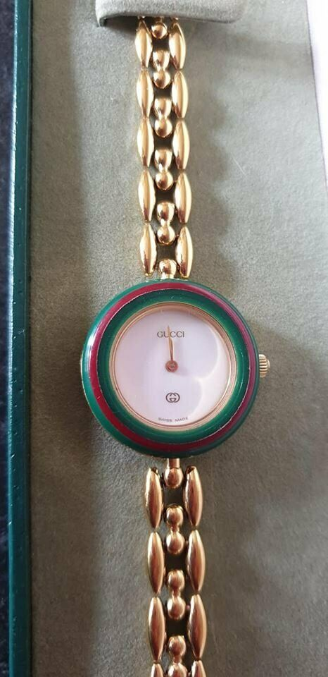 0e37a8b2aba Genuine GUCCI Vintage Ladies watch   16 interchangeable bezels ...