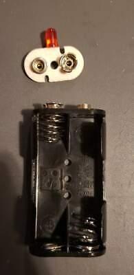Battery Holder Um-3x2 Aa 1.5v And Red Led Lamp