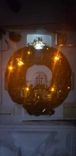 Hawthorne Village Testament to Faith Wreath Illuminated Thomas Kinkade