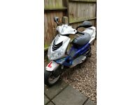 Peugeot Speedfight 2 blue Moped (needs looking at)