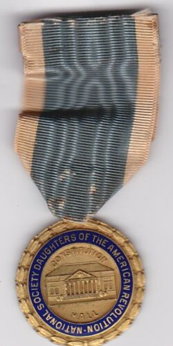 DAUGHTERS OF AMERICAN REVOLUTION  NATIONAL SOCIETY ORDER  MEDAL 1930 Congress Cm