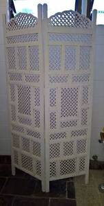 White wooden carved screen/ room divider Cairns Cairns City Preview
