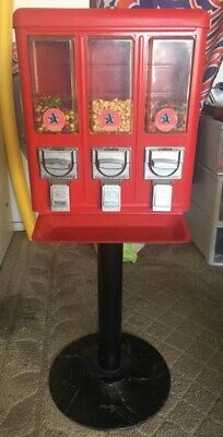 Candy Vending Machine W Keys Excellent Working Cond.