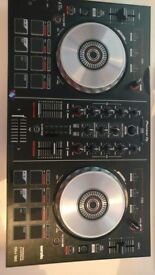 DDJ SB2 (Better than Mixtrack Pro) In very good condition