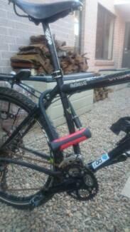 Tour mountain road  Trekking bike Bicycle Men all equipment Baulkham Hills The Hills District Preview