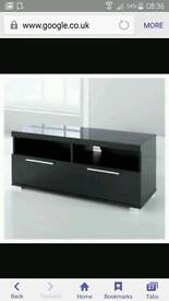High gloss black tv unit and matching large coffee table vgc