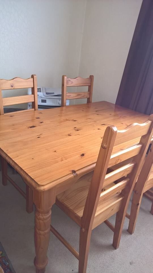 solid pine dining table and 6 chairs  in derby