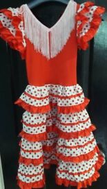 Lovely Traditional Spanish dress age 5-6