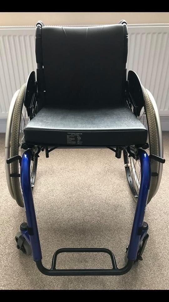 KUSCHALL LIGHTWEIGHT WHEELCHAIRin Leicester, Leicestershire - KUSCHALL VERY LIGHTWEIGHT WHEELCHAIR GREAT LIGHTWEIGHT WHEELCHAIR SEAT WIDTH 16 INCHES SEAT DEPTH 16 INCHES REMOVABLE BACK UPHOLSTERY FOOTPLATE , HEIGHT, ADJUSTABLE FOLDING BACKREST LOCKING BRAKES SOLID PUNCTURE PROOF TYRES £ 470 THIS WAS A VERY...